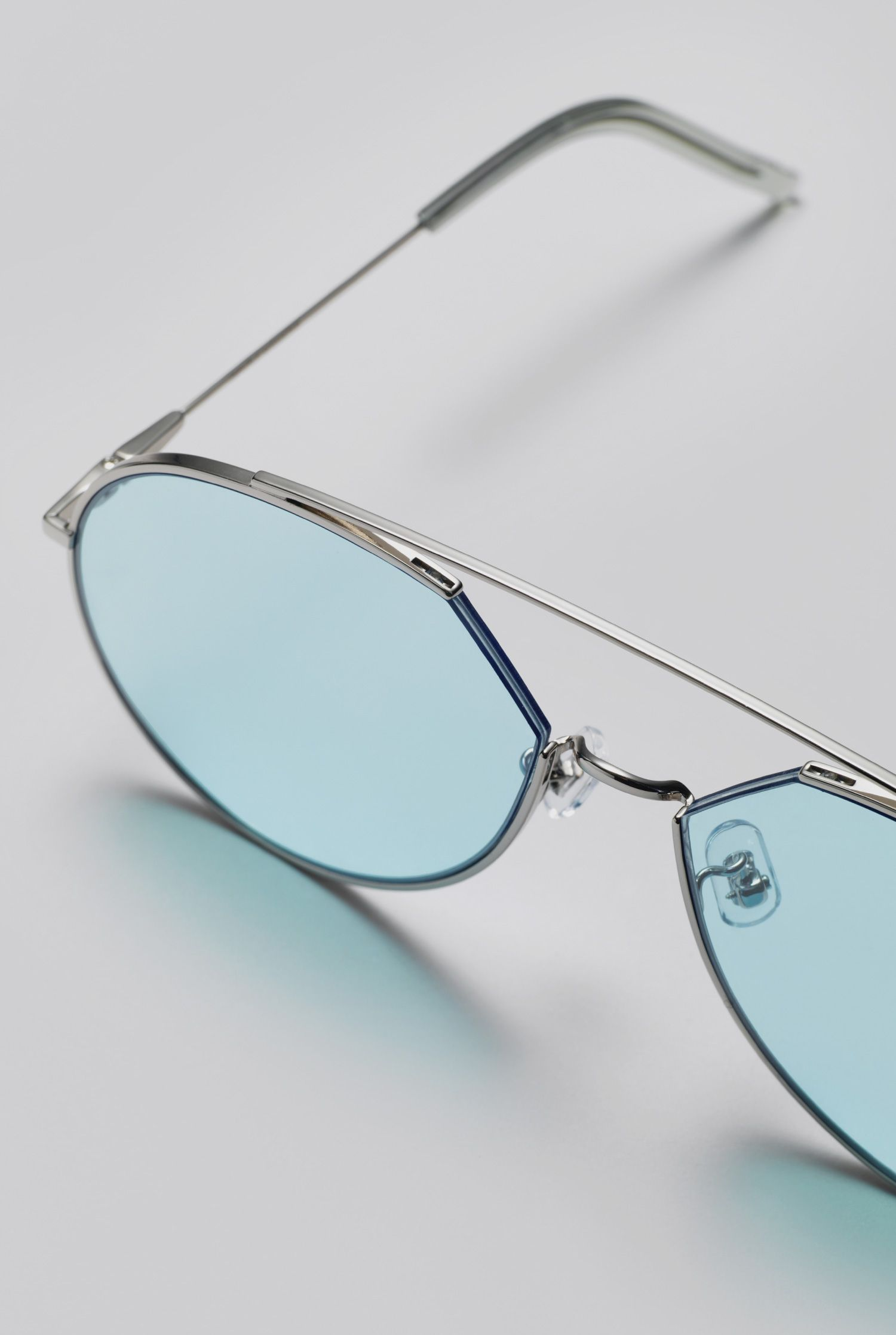 899a19799483 GENTLE MONSTER 2018 Sunglasses Z-1 02(B) Stainless steel front and  Stainless steel temples in silver