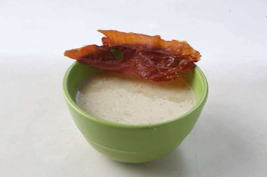 Sopa creme de alho-poró