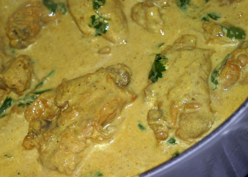 Lawang afghan braised chicken in turmeric yogurt sauce chicken with tumeric garlic pepper corriander onion and yoghurt source afghan culture unveiled recipes chicken afghanistan forumfinder Choice Image