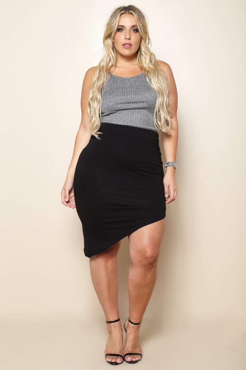 An asymmetric plus size skirt with lace-up side. Crafted with a slanted hem for an edgy silhouette. A self-tie closure on the side allows you to loosen as you please. Elasticized waist.