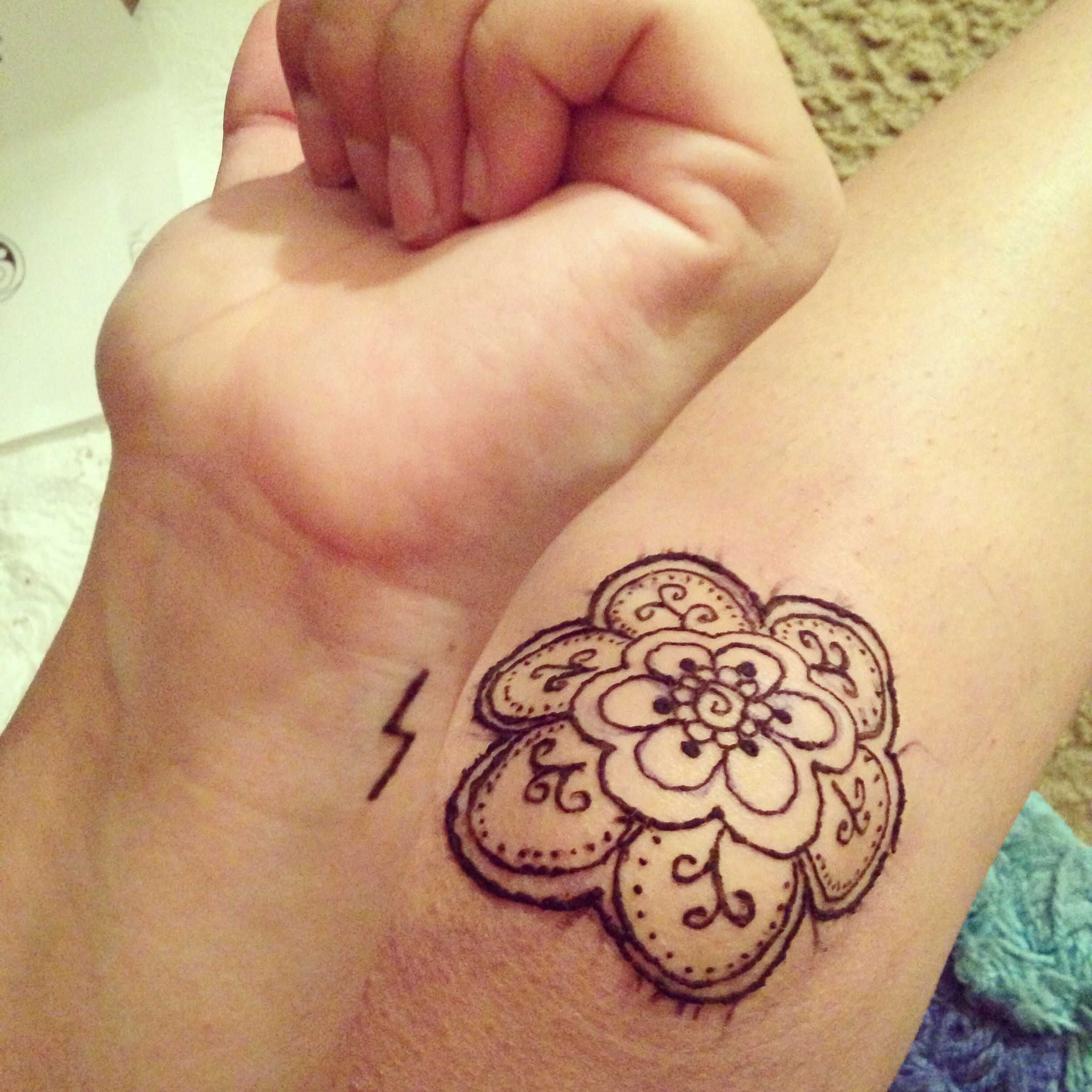 First Time Doing Henna On Myself Floral Mandala On My Knee Then