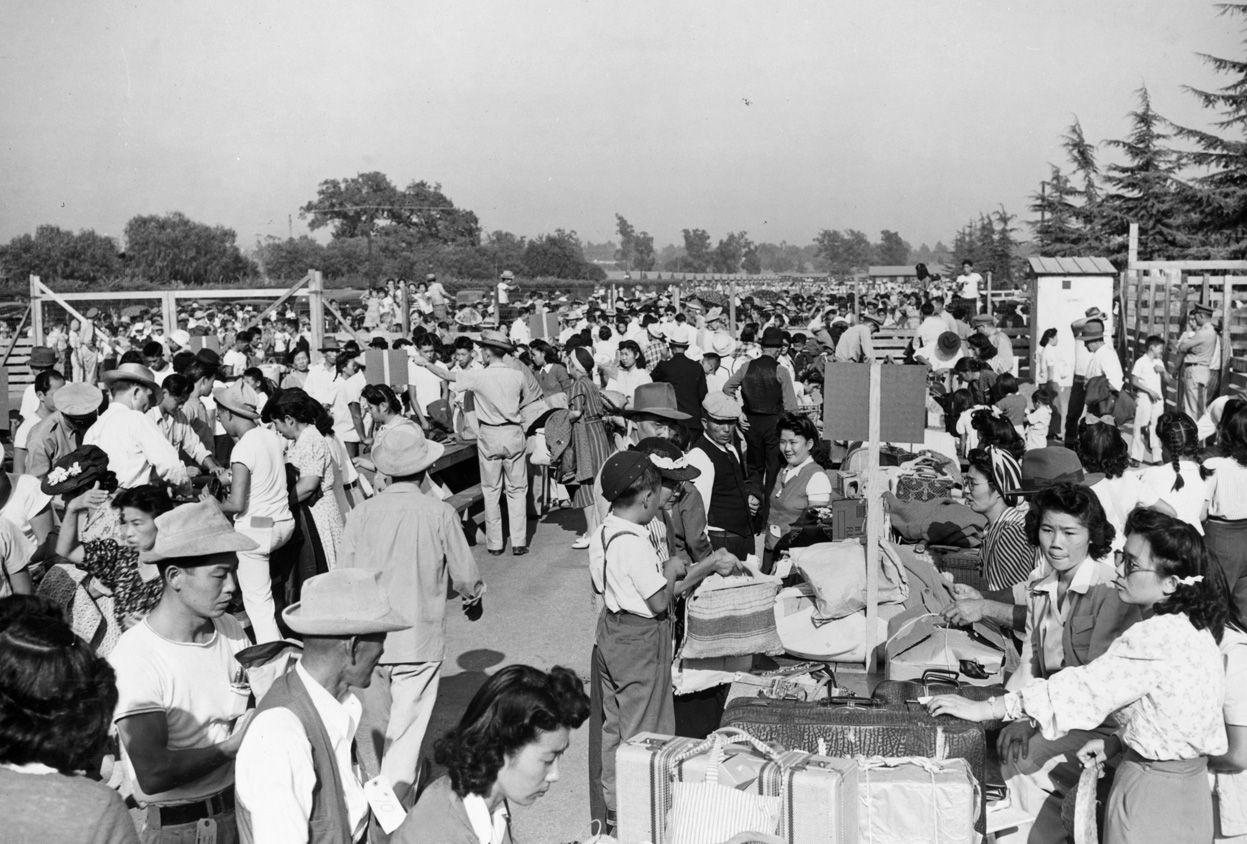ese relocation camps ese american evacuees from   ese relocation camps ese american evacuees from assembly centers to war relocation