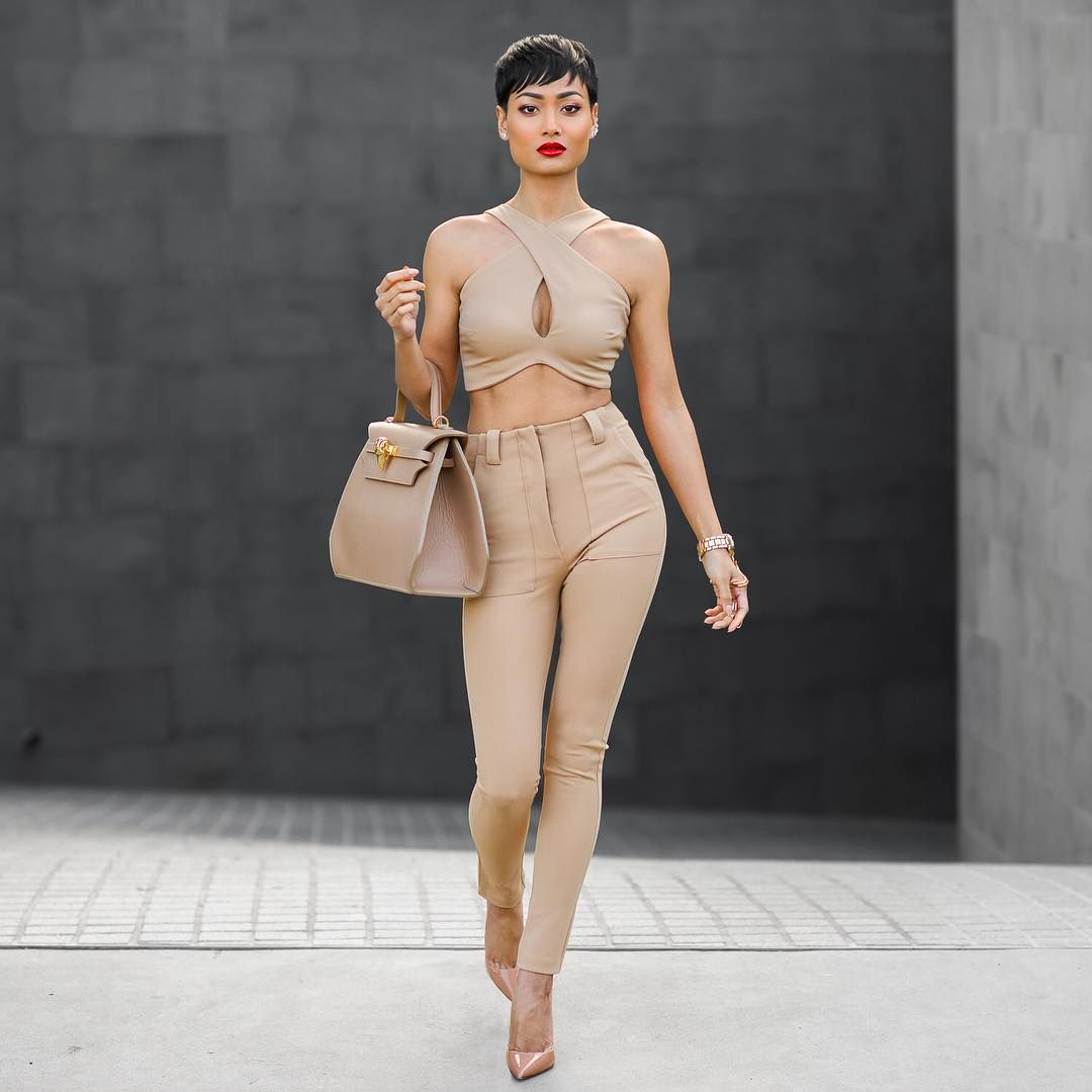darkskin fashionmodel nude all nude outfit with nude heels - you better werk!