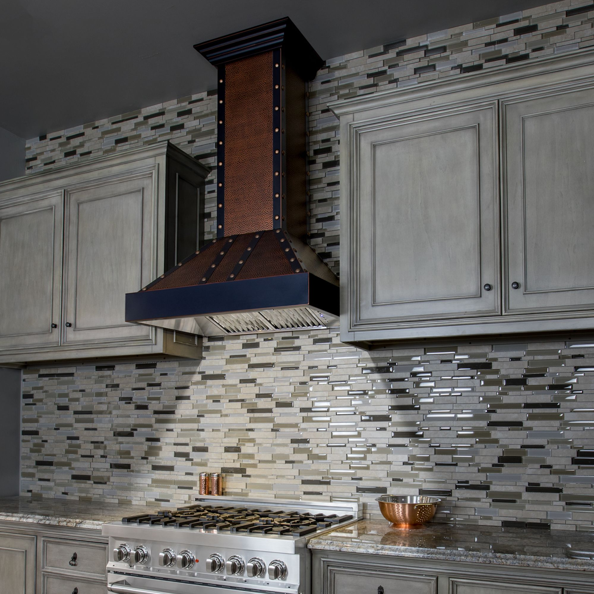 Design Trend Tuesday Accent Your Space With Hand Hammered Copper The Popularity Of Hand Hammered Copper Wall Mount Range Hood Copper Range Hood Range Hood