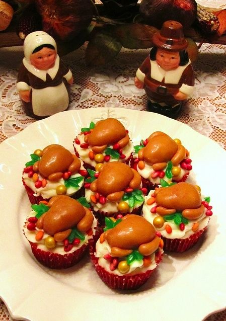 Thanksgiving Cupcakes! These turkey cupcakes are the cutest!