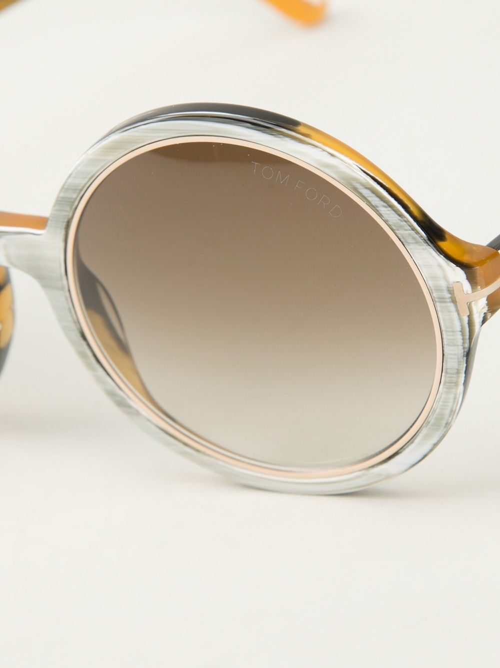 a4a30ea2c92 Shop TOM FORD  Carrie  sunglasses from Farfetch