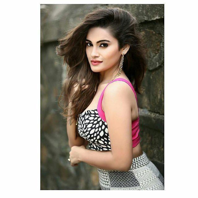 Sexy Bengali Teen