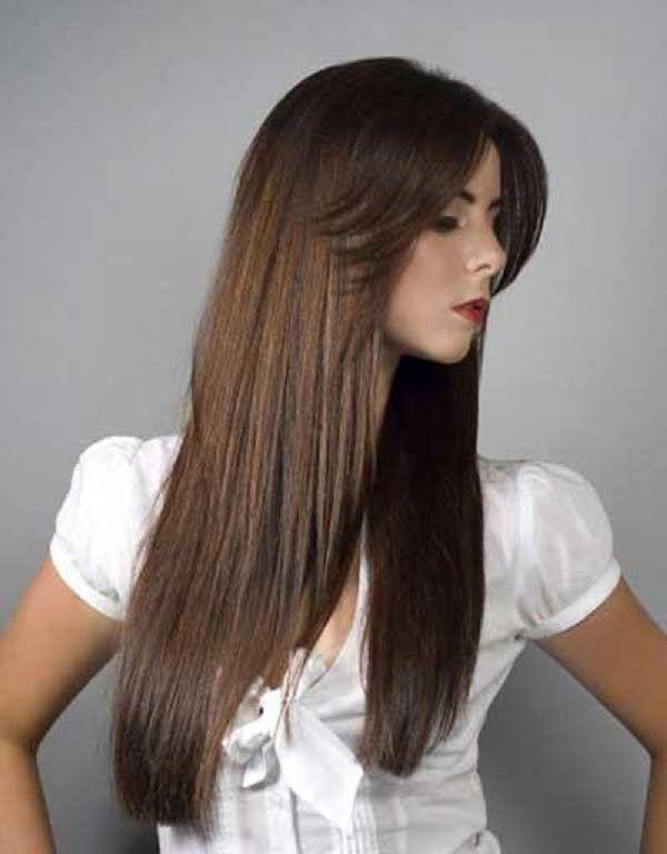Corte de pelo largo mujer con flequillo