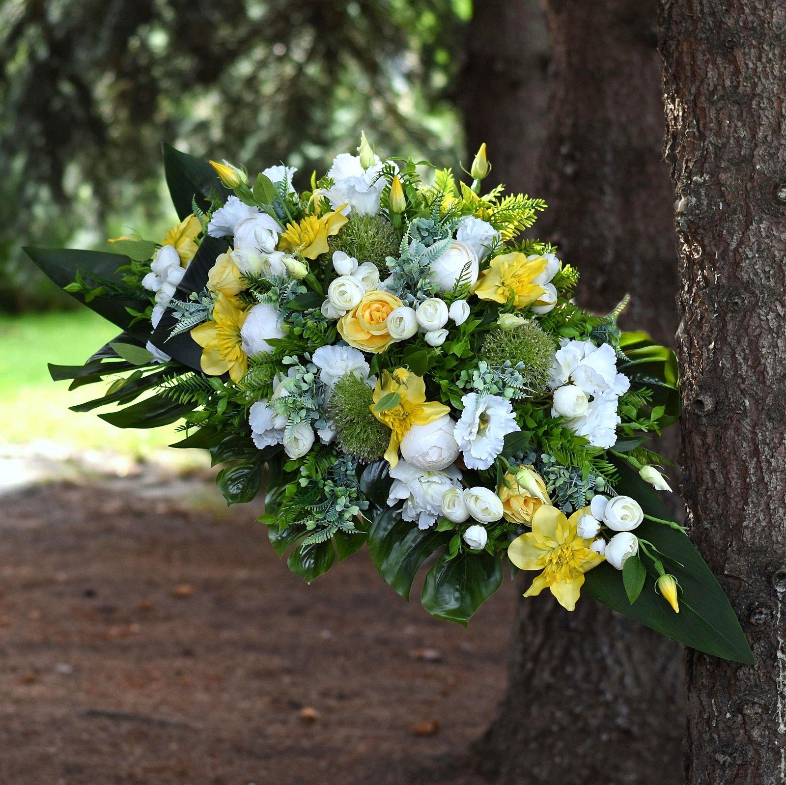 Dekoracja Nagrobna Z Kwiatow Sztucznych Cemetery Flowers Silk Flowers Flowers