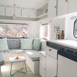 Caravan glamping caravanity caravan interior pinterest for Interior caravan designs