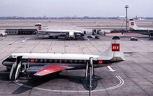 Vickers Viscount 802 de British European Airways en Londres-Heathrow, 1964.
