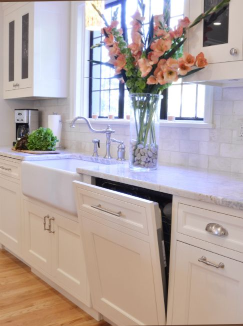 Cabinet front dishwasher | FAVORITES: Kitchens | Pinterest ...