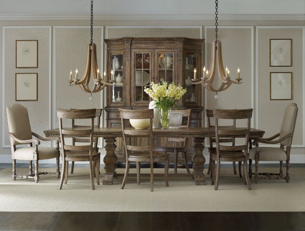 Every Country Home Need A Pedistool Table Modern Rustic Dining Room