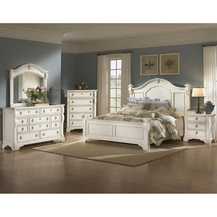 Heirloom 4 Piece Queen Bedroom Set In Antique White Nebraska Furniture Mart