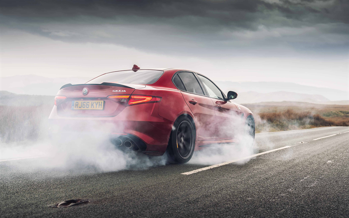 Download Wallpapers Alfa Romeo Giulia Quadrifoglio 2018