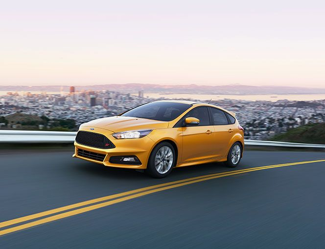 The 2015 Ford Focus | A THING OF BEAUTY. AND BRAINS.