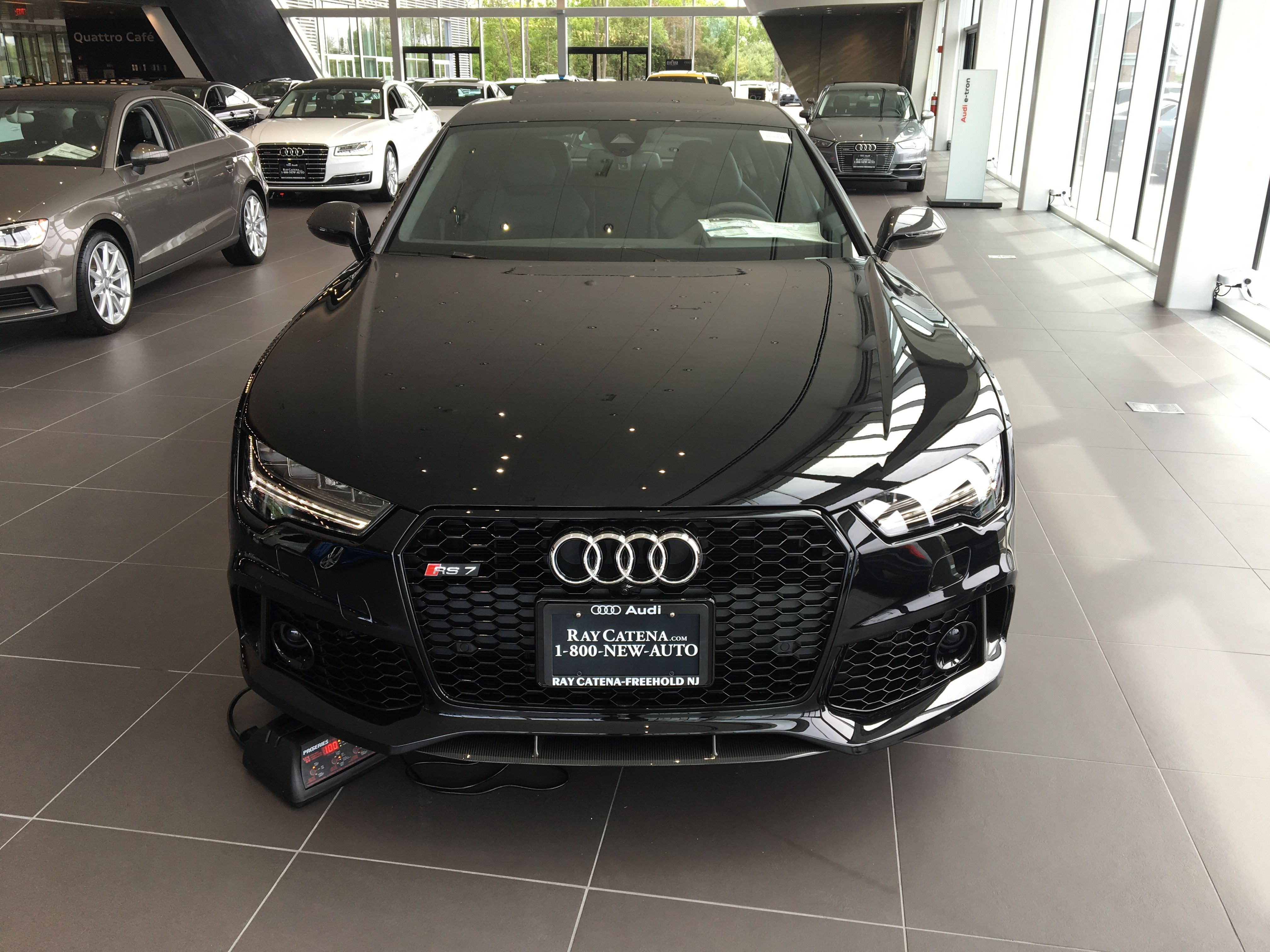 Car And Driver Reviews The Audi Rs7 Performance Cheap Cars For