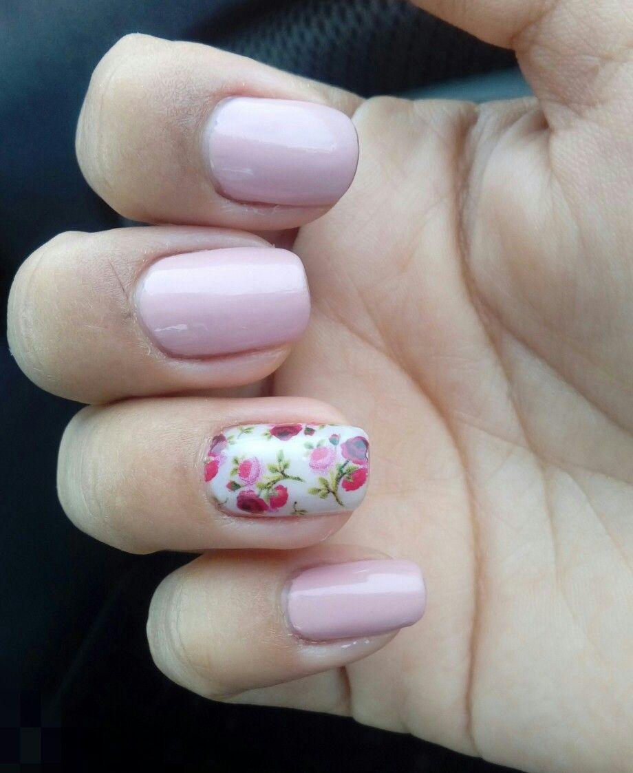 Uñas Color Rosa Pastel Con Rosas Uñas Diseños De Uñas Y