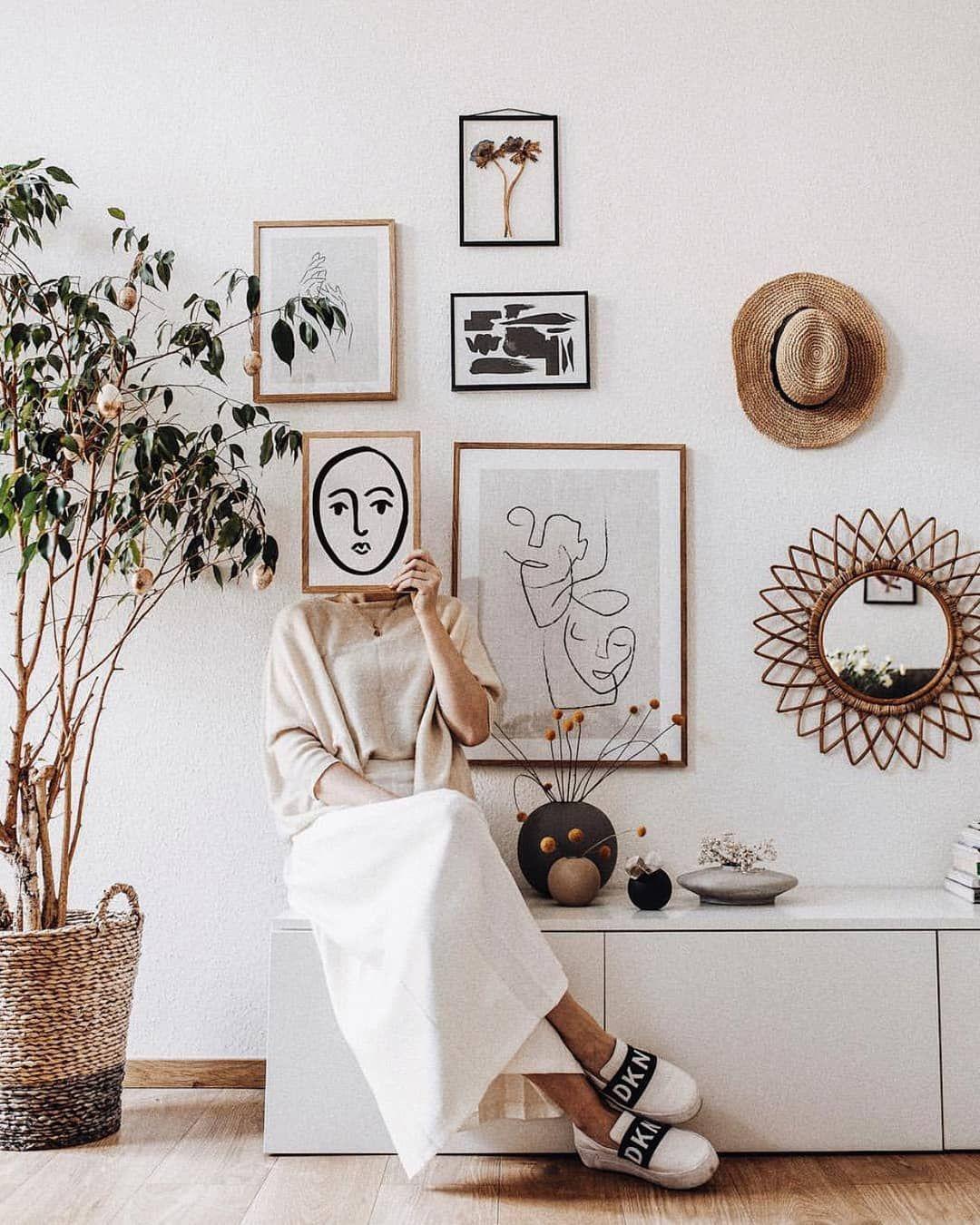 Gallery wall magic!