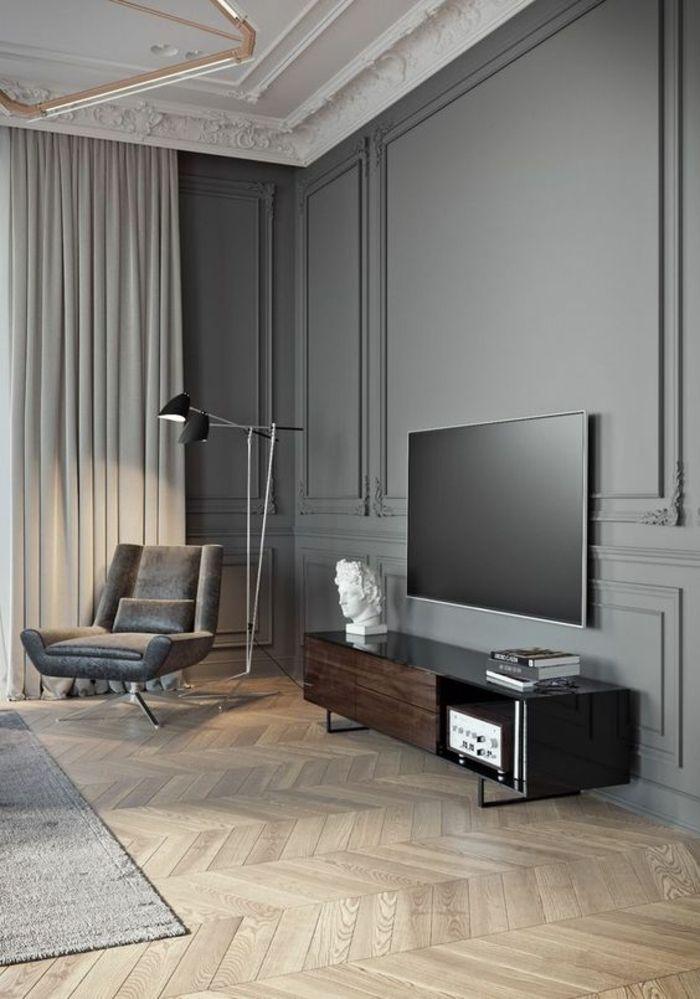 Deco Salon Design Avec Des Murs En Gris Pastel Plafond Blanc Frises Riches  Tapis Fauteuil Large