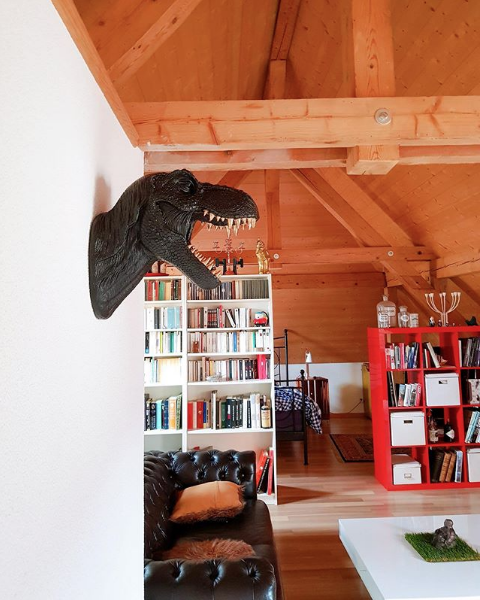 How To Include Taxidermy Into Trendy Home Decor: Sitting Area