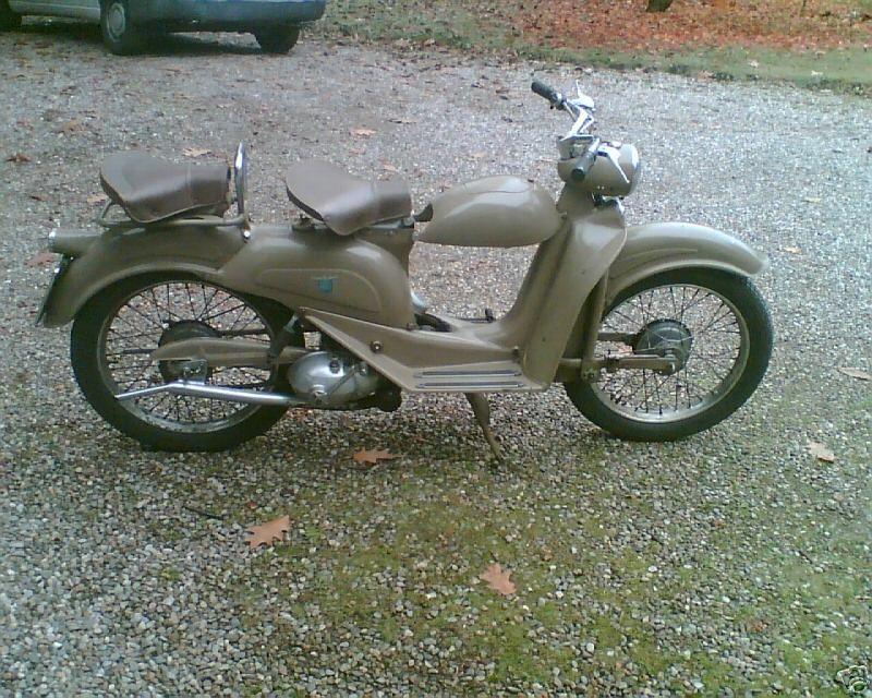 1951 Aermacchi Cigno1951 Aermacchi Cigno 125cc.