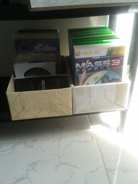 Caixas de sapatos,  viram organizadores para jogos!! Pq ninguém merece tanta bagunça! !