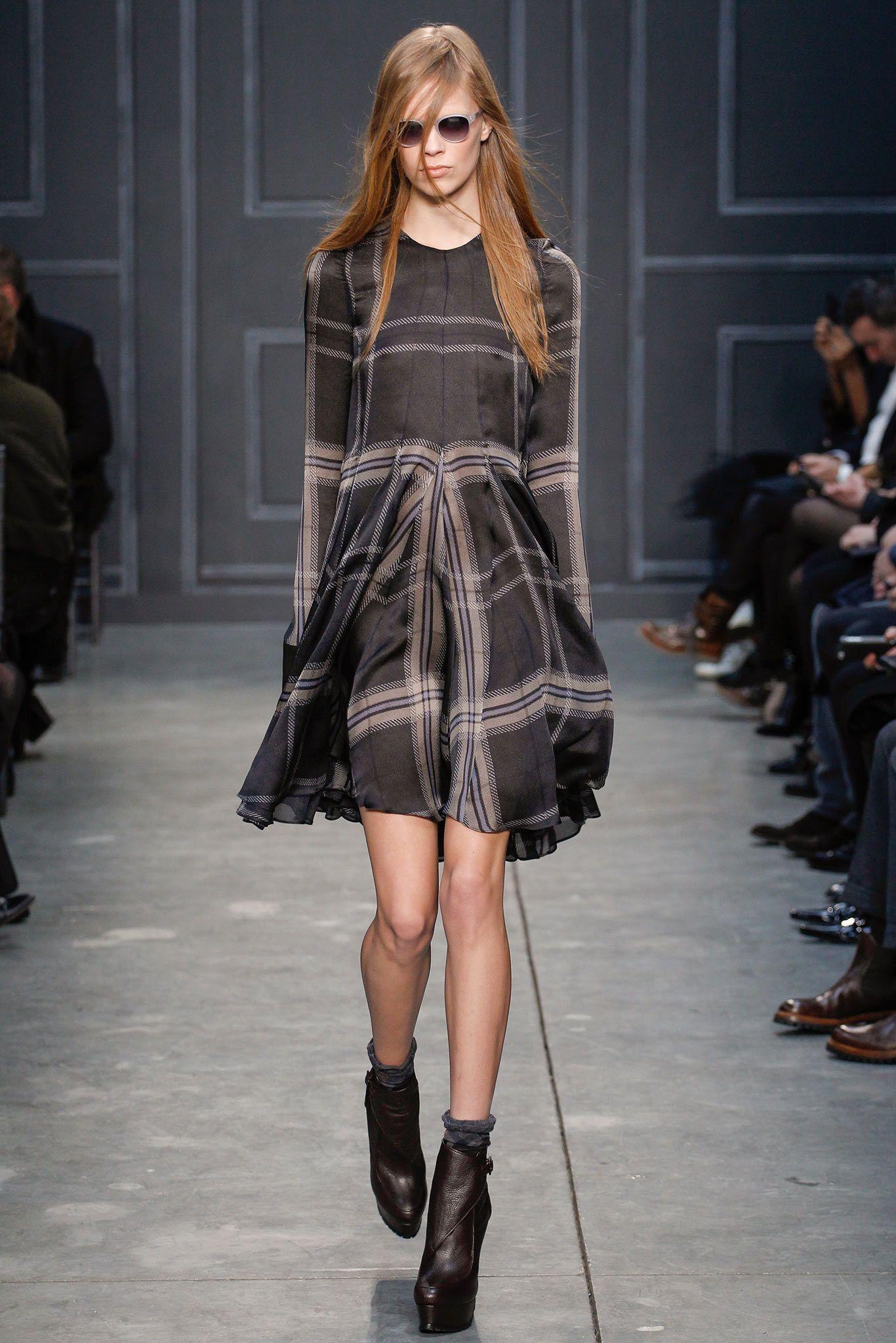 Vera Wang Fall 2014 Ready-to-Wear Fashion Show