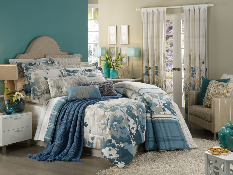 HomeChoice Skye duvet and comforter set. See more here