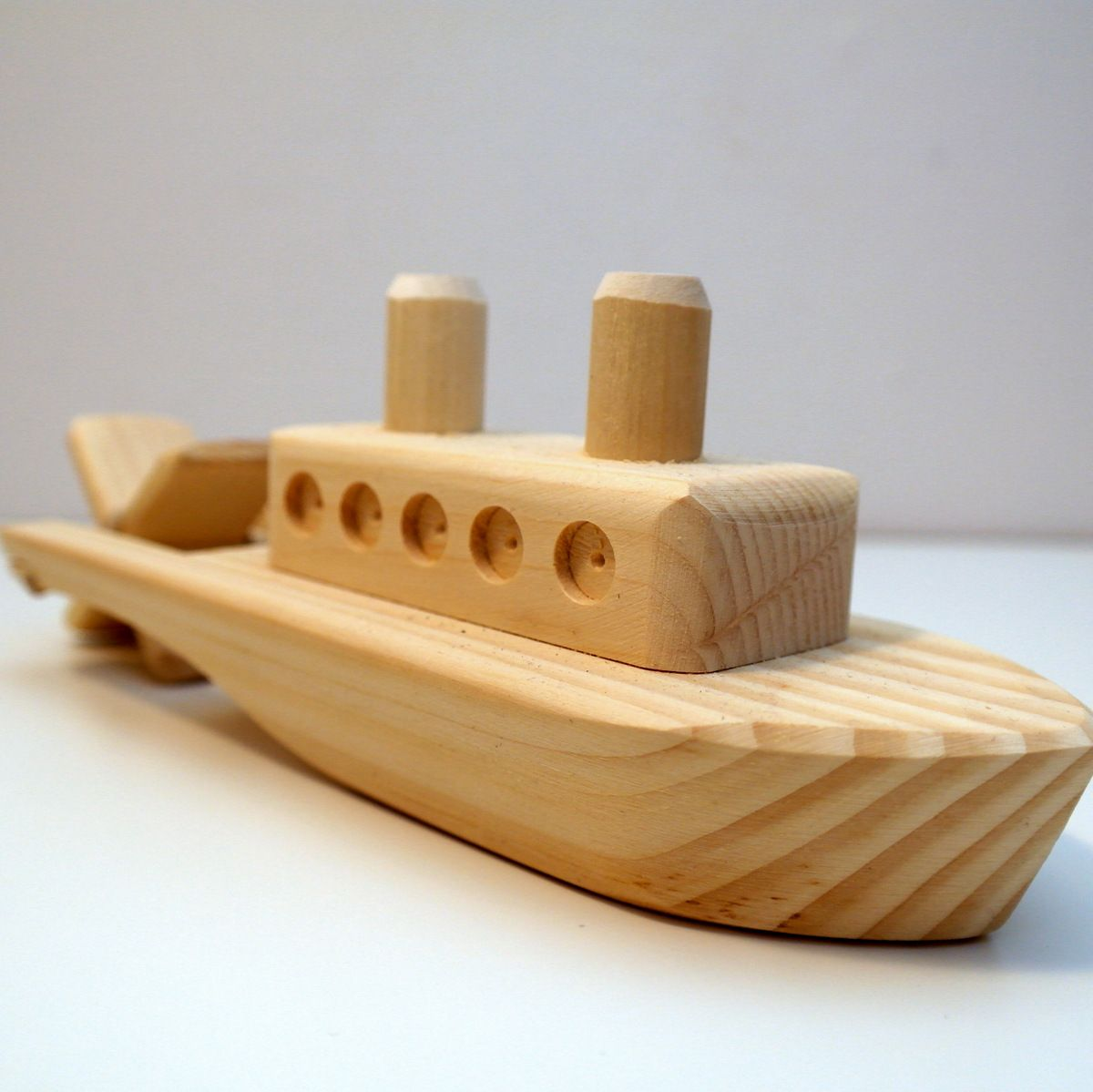Our Wooden Show Boat Toy Is Styled After The Traditional Steam Powered Riverboats With Paddlewheels That Would Up And Down Large Lakes Rivers