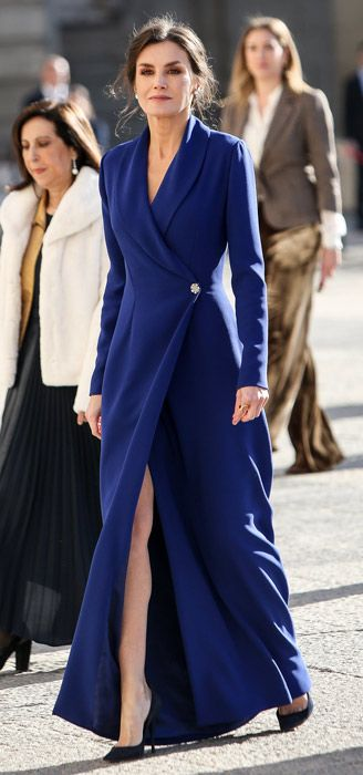 Royal ladies who dared to bare in split-leg dresses! From Duchesses Kate and Meghan to Princess Beatrice