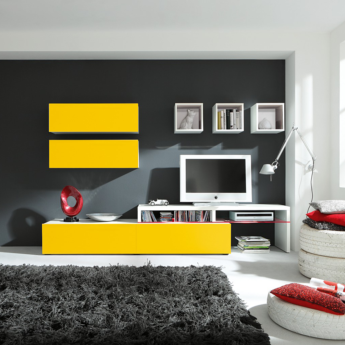 meine farben nur w rde ich eine gelbe wandfarbe und eine graue wohnwand bevorzugen. Black Bedroom Furniture Sets. Home Design Ideas