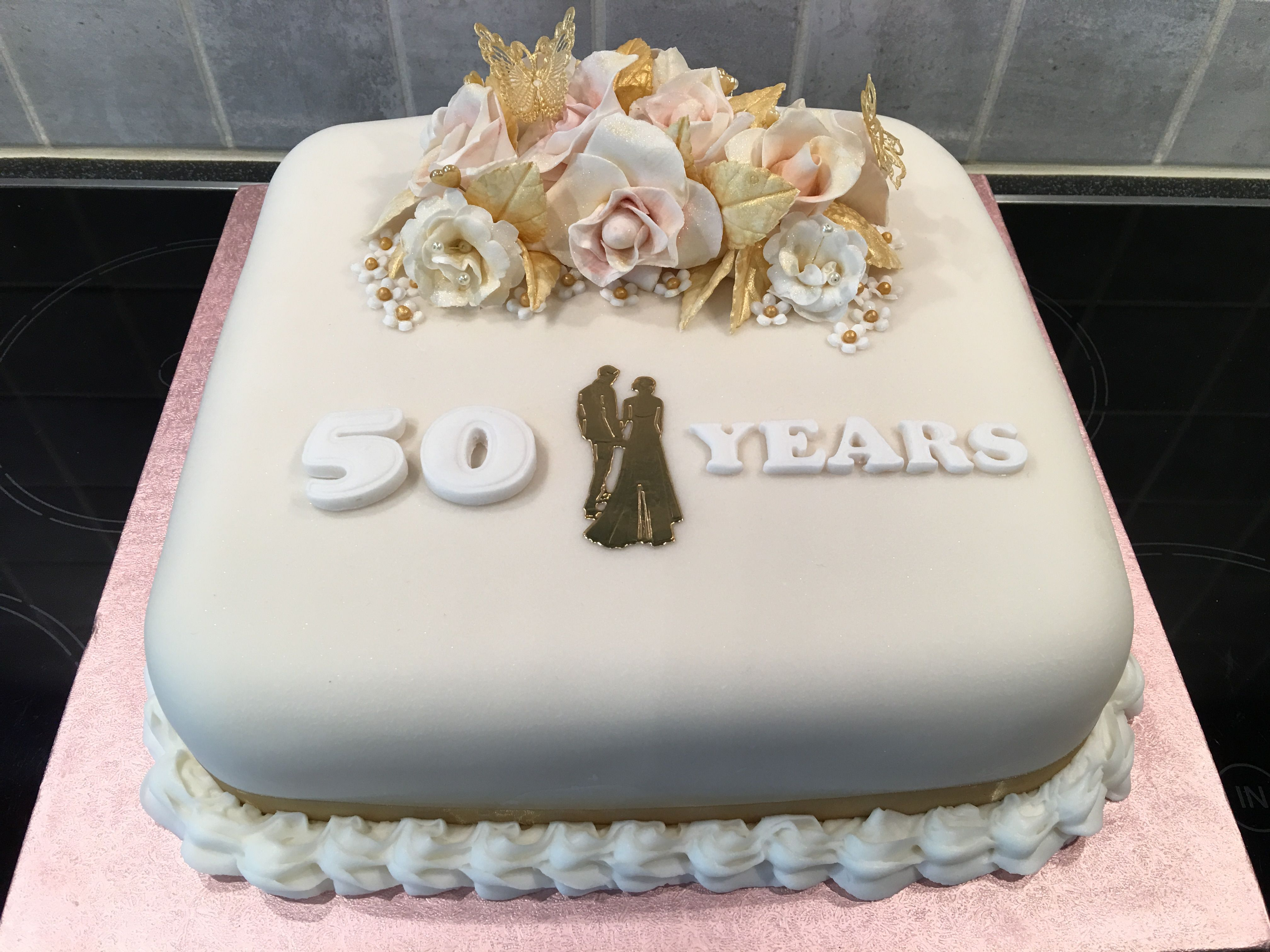 Th wedding anniversary cake sugar paste roses dusted with gold