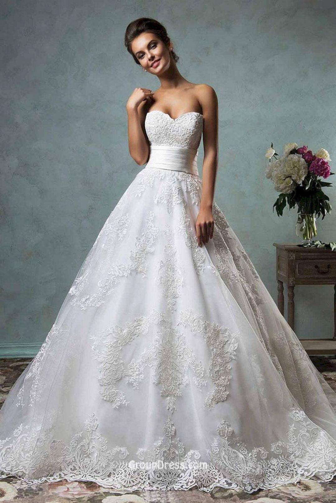 Sweetheart ball gown wedding dress   Most Amazing Ball Gown Wedding Dresses That Every People Will
