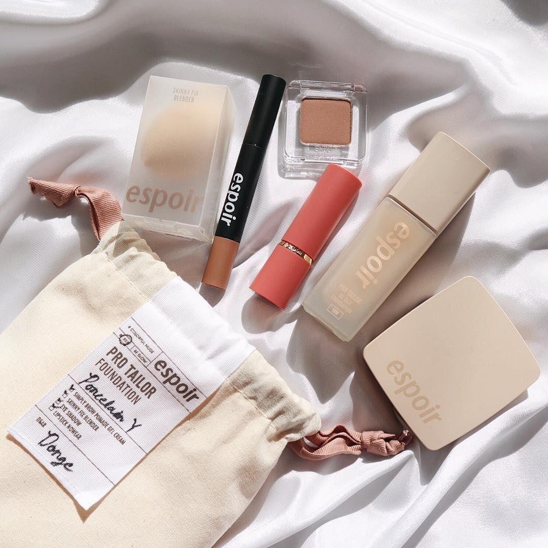 makeup skincare soft pink aesthetic minimalistic selfcare