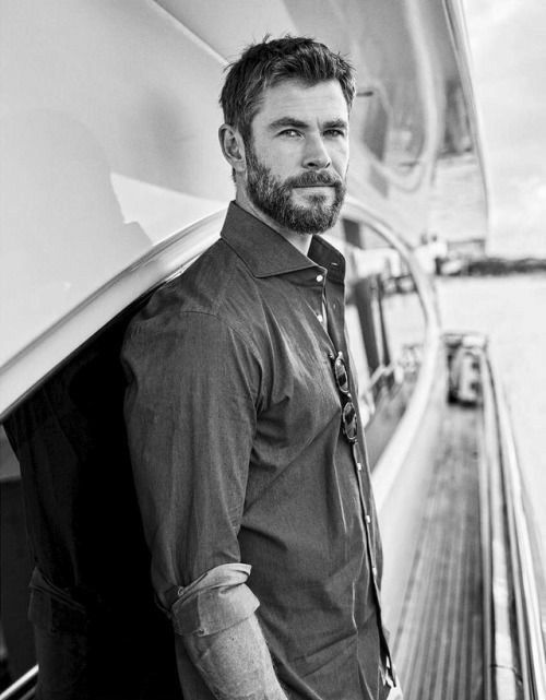 Chris hemsworth⚡⚒️