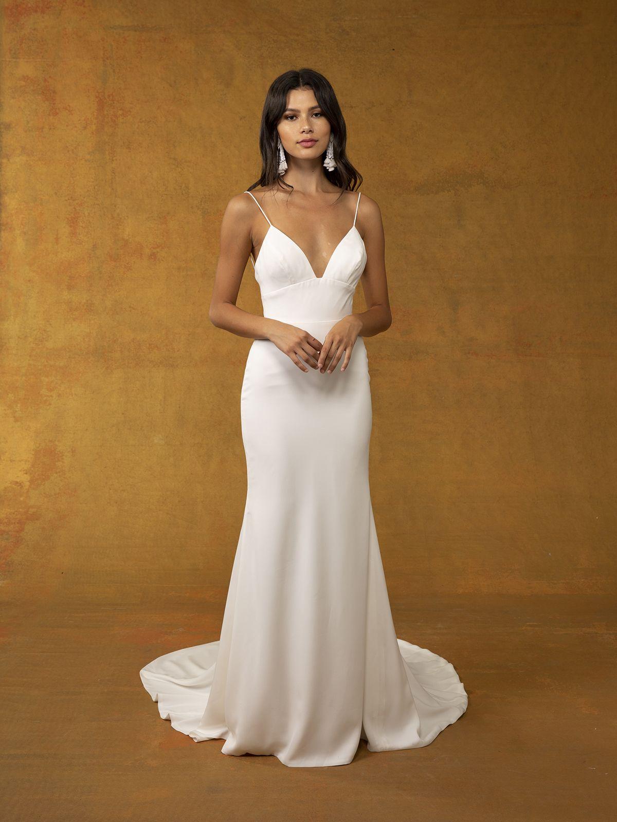 Leon fit flare wedding dress minimalist wedding