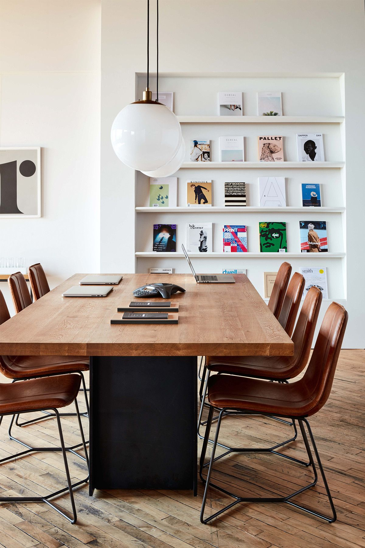 It S All In The Details The Height Adjustable Industrial Conference Table From West Elm Exclusively Partnered With Th Innen Buro Buroraumgestaltung Burotisch