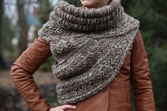 Katniss Cowl All The Time In The World Pinterest Shawl Santa