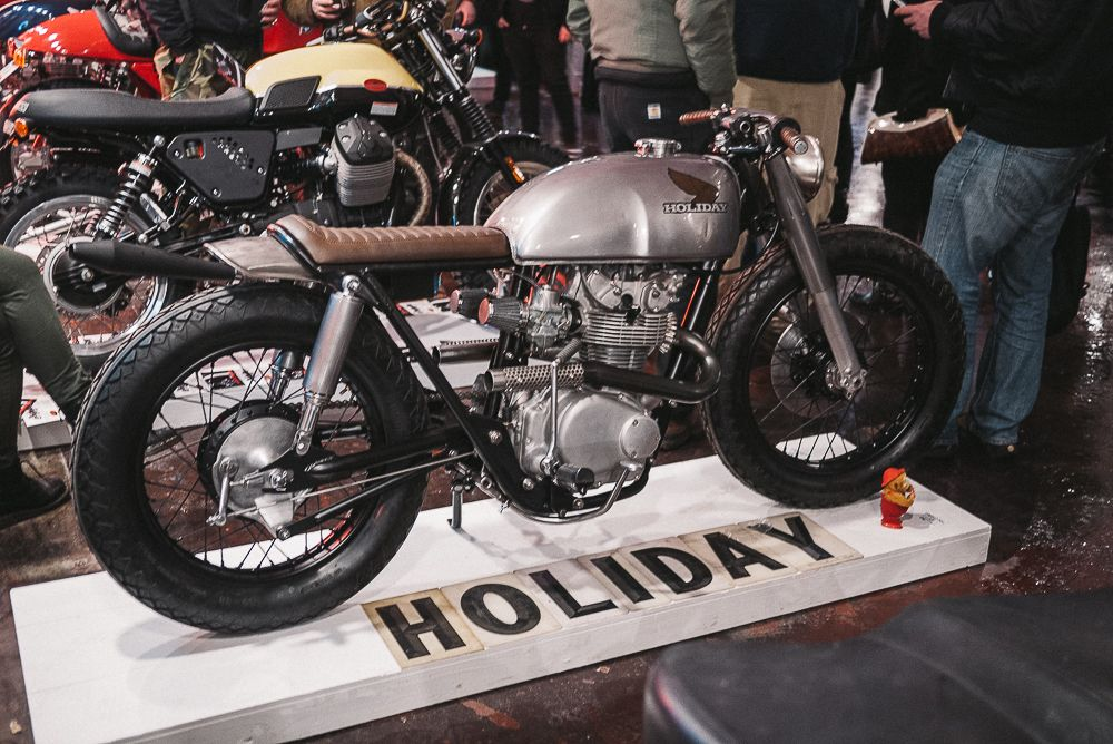 Brixton In Portland The One Motorcycle Show Jared Johnson Holiday Customs Cb350 Cafe Racer Cafe Racer Bikes Cafe Racer Honda