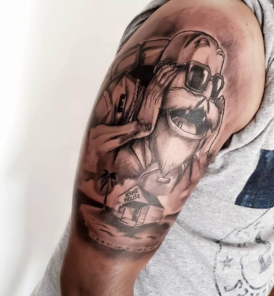 Maestro roshi hecho en the outlaws tattoo shop queretaro