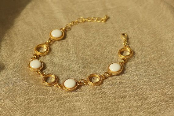 White Resin Disc Bracelet with Gold Chain by CapriciousBijoux