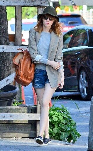 Emma Stone- Perfect casual Summer look