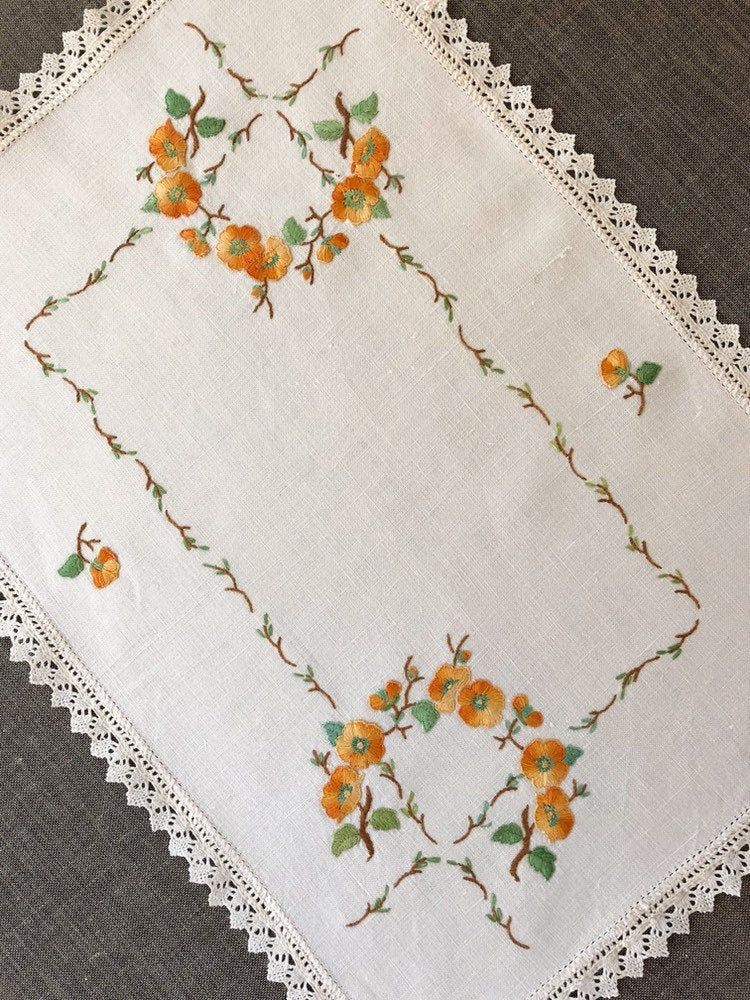 Vintage Embroidered Table Linen, hand stitched floral embroidery, bobbin lace trim, rectangular vintage tray cloth
