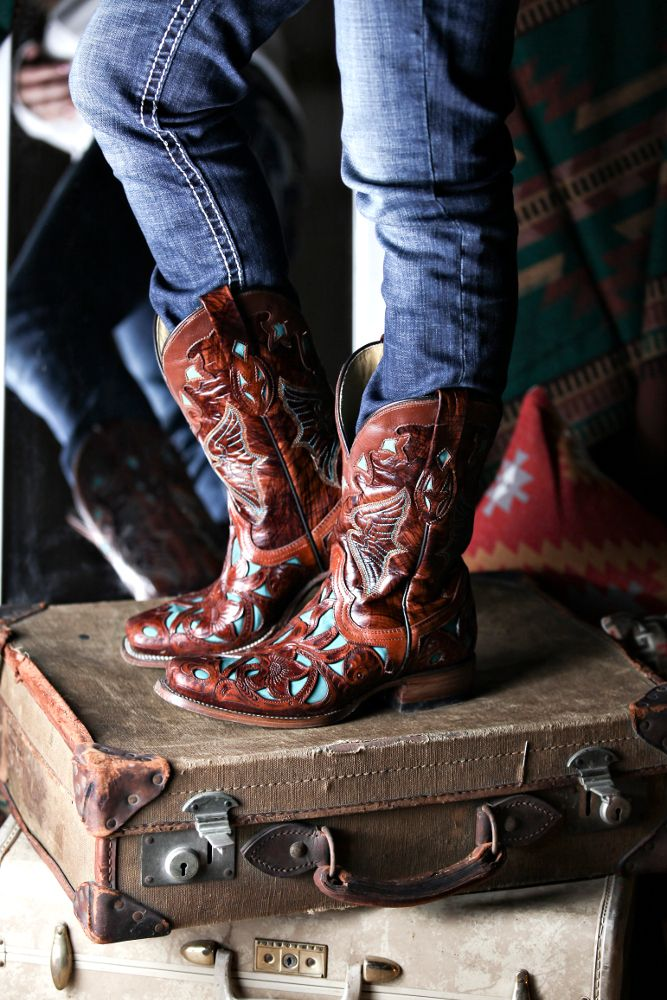 38824ec1c7c Pin by NRSworld on Boots, Boots, Boots | Boots, Cowgirl boots, Shoes