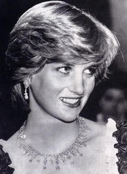 A Night Of Knights For Prince Charles Princess Diana At The Barbican Centre London 4 March 1982 Princess Diana Pictures Princess Diana Photos Princess Diana