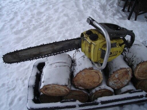 I had one of these old chainsaws pioneer saws