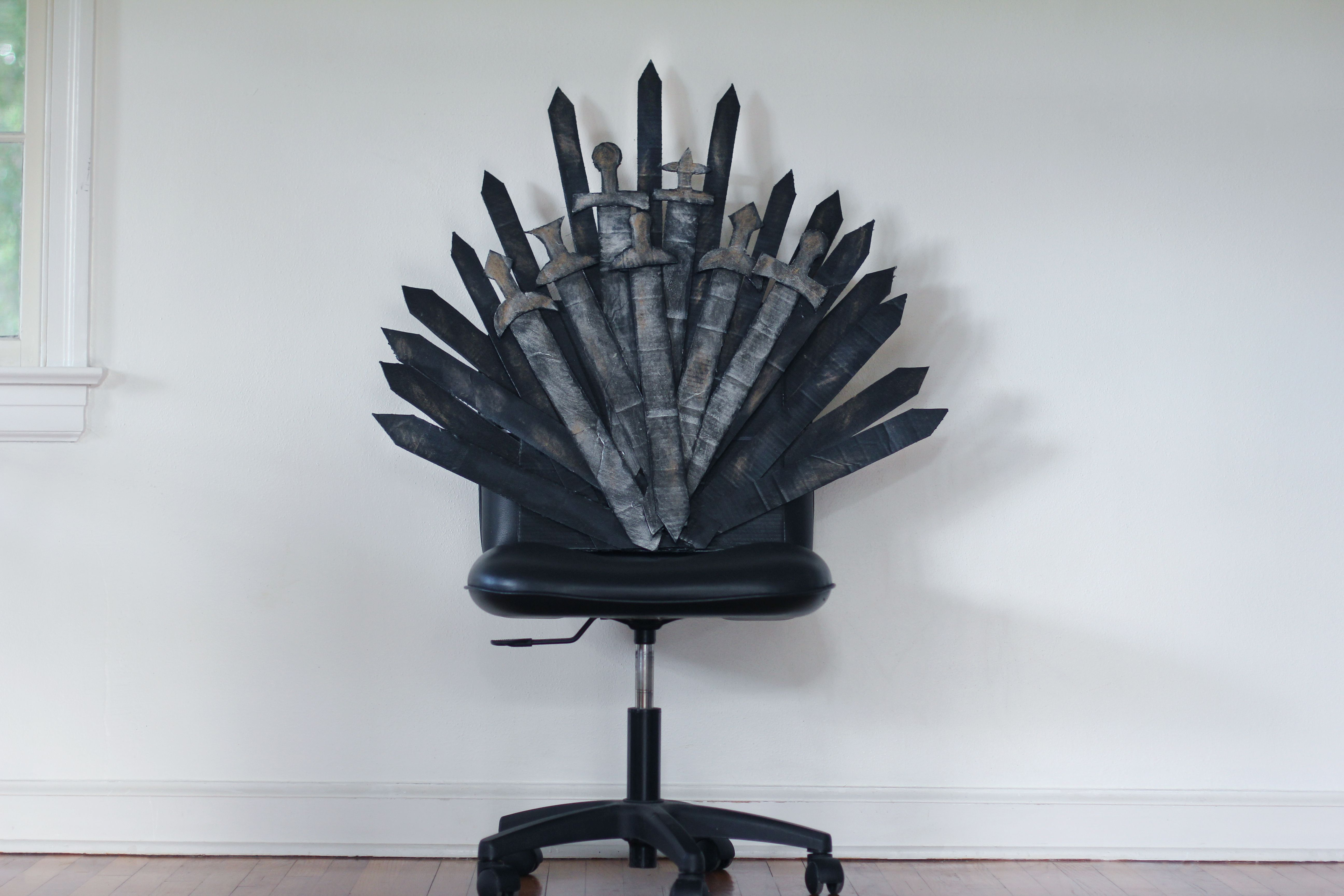 brand new 303f2 d8836 DIY 'Game of Thrones' Iron Throne Office Chair | Iron throne ...