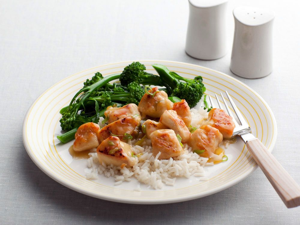 Lemon Chicken Recipe : Rachael Ray : Food Network - FoodNetwork.com -------  Smagte dejligt. Ikke Maleks favorit