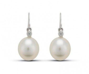 18ct White Gold Australian South Sea Pearl And Diamond Earrings Earrings Jewellery Pearl And Diamond Earrings Pearl Earrings South Sea Pearls Earrings